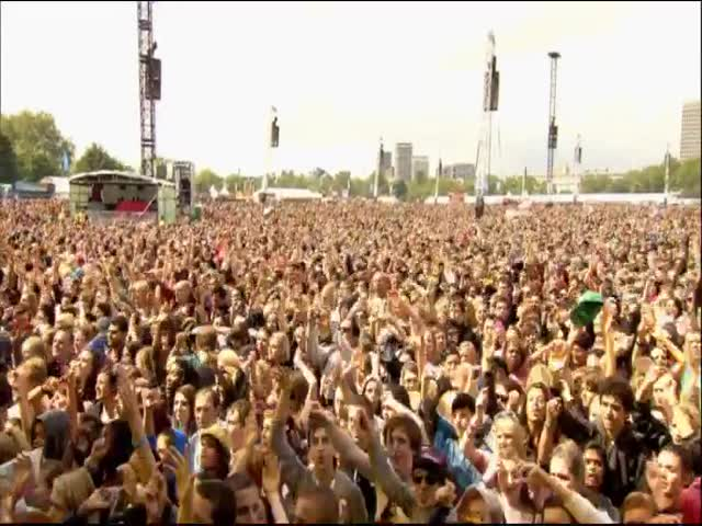 I Know You Want Me - Pitbull, Live in Hyde Park, London, UK, 2012