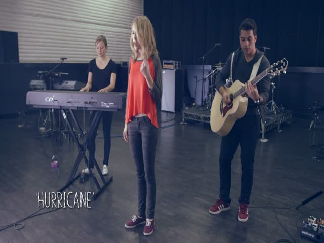 MTV PUSH: Bridgit Mendler - Hurricane Live