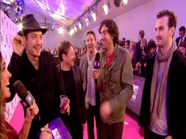 2011 EMA - Red Carpet | Part 12 | Interview w/ Snow Patrol