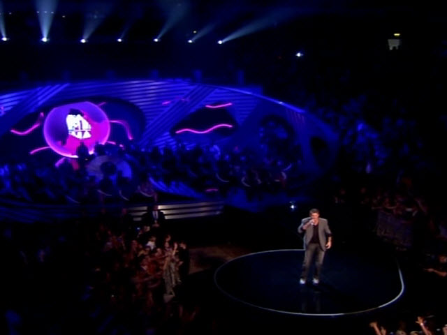 2011 EMA - Main Show | Part 17 | DAVID HASSLEHOFF WALK ON & INTRO AWARD
