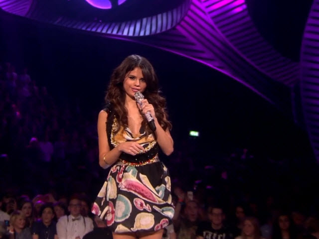 2011 EMA - Main Show | Part 22 | SELENA GOMEZ LINK 4