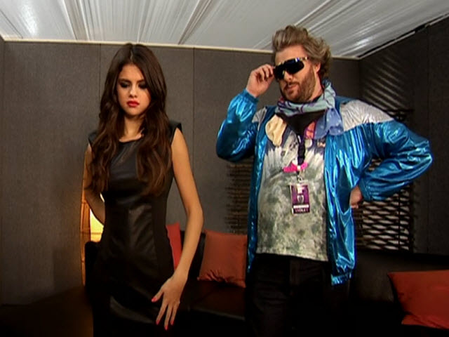 2011 EMA - Main Show | Part 33 | EVS: SELENA GOMEZ LINK 5 (no excerpting)