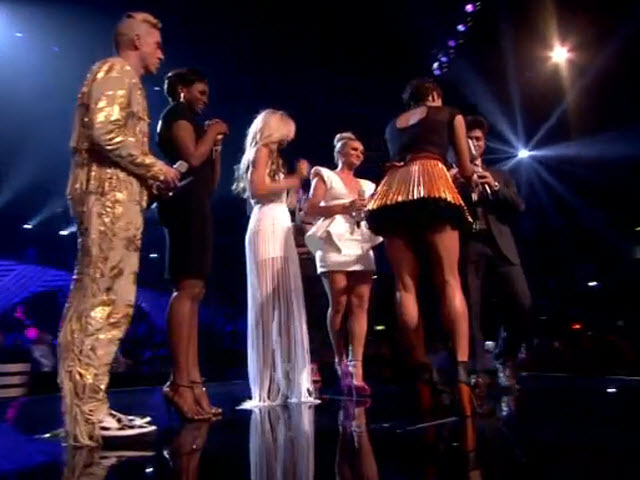2011 EMA - Main Show | Part 53 | WINNER WALK ON & ACCEPTANCE