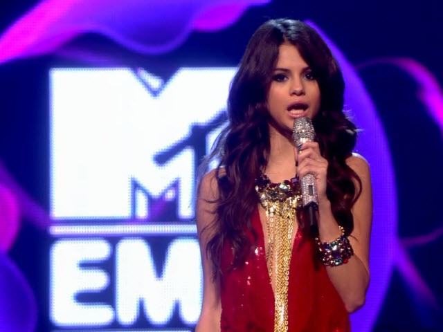 2011 EMA - Main Show | Part 75 | Selena Gomez LINK 12