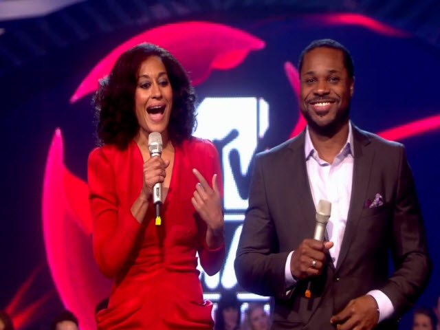 2011 EMA - Main Show | Part 78 | TRACEE ELLIS & MALCOLM-JAMAL WARNER Introduce Award
