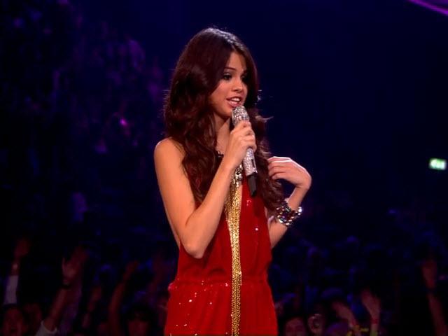 2011 EMA - Main Show | Part 85 | Selena Gomez LINK 14