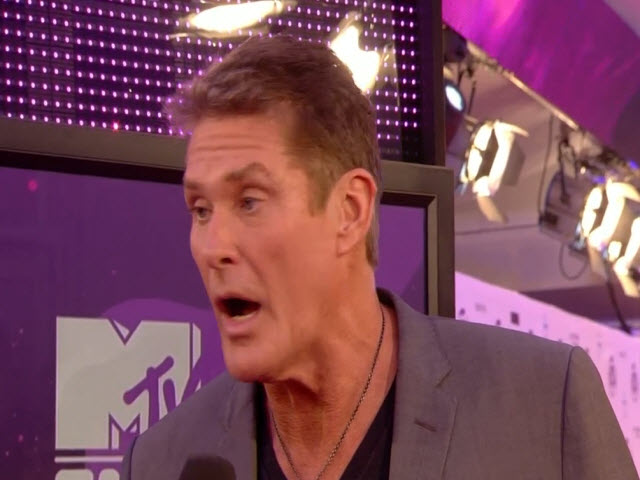 2011 EMA - Red Carpet | Part 5 | Interview w/ David Hasselhoff