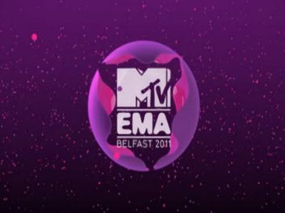 EMA 2011 Bieber Carpet Interview