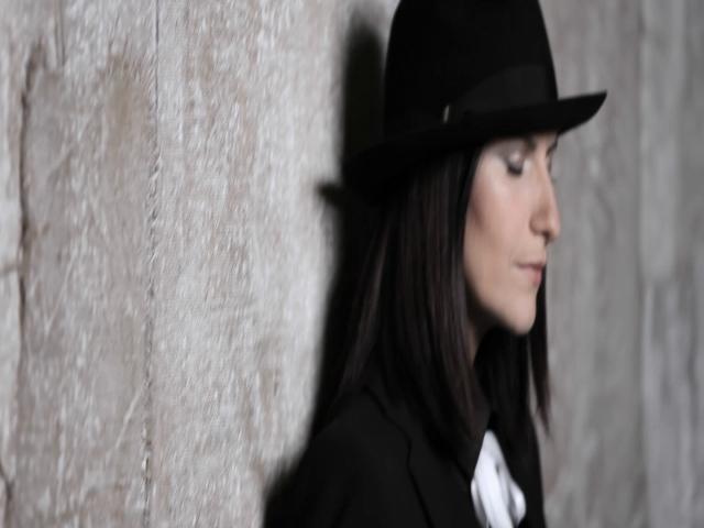Donde quedo solo yo (with Alex Ubago - Videoclip)