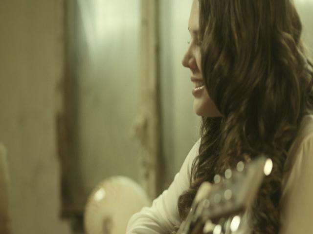 La de la Mala Suerte (feat. Pablo Alborán) [Video Oficial]