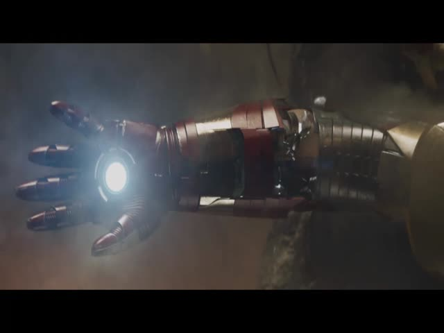"""'Iron Man 3' Exclusive Clip: Shootout"""