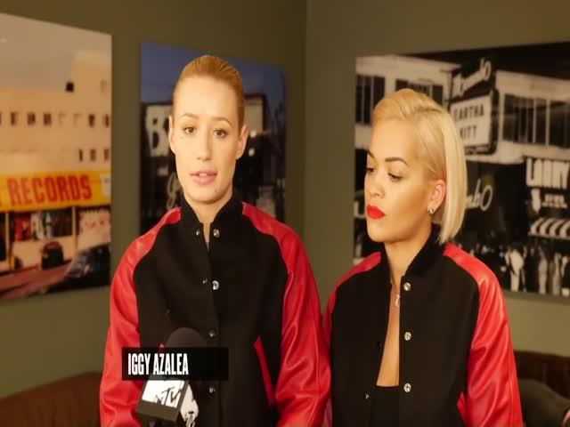 VMA 2014 - Iggy Azalea & Rita Ora Interview
