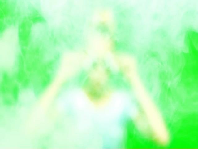 2015 VMA Miley Smoke