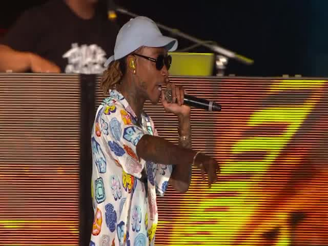"Wiz Khalifa ""Black & Yellow"" (Live From Isle Of MTV 2016, Malta)"