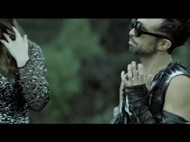Llorar feat. Mario Domm (Video Oficial)