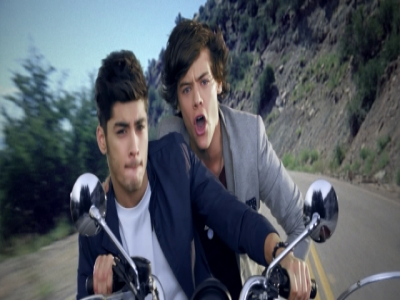 Kiss You -- Alternate Version