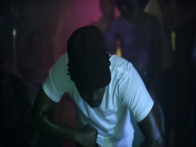 We Can 39 T Stop Blurred Lines Give It 2 U Medley Kendrick Lamar Music Video Mtv European