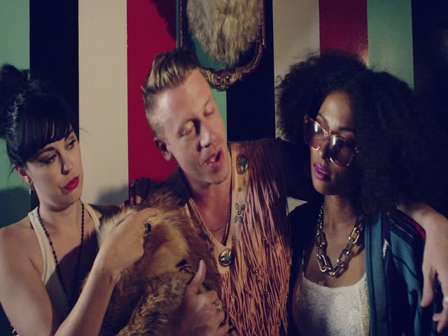 MACKLEMORE & RYAN LEWIS ft WANZ - THRIFT SHOP