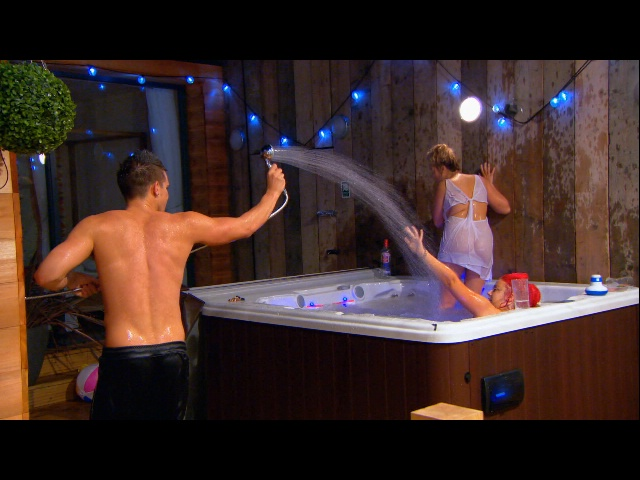 It_geordieshore_408_bof_023_640