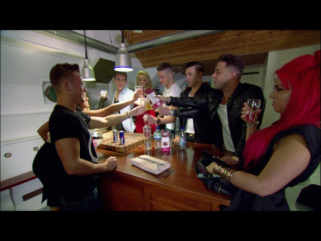 It_geordieshore_501_bof_006_640
